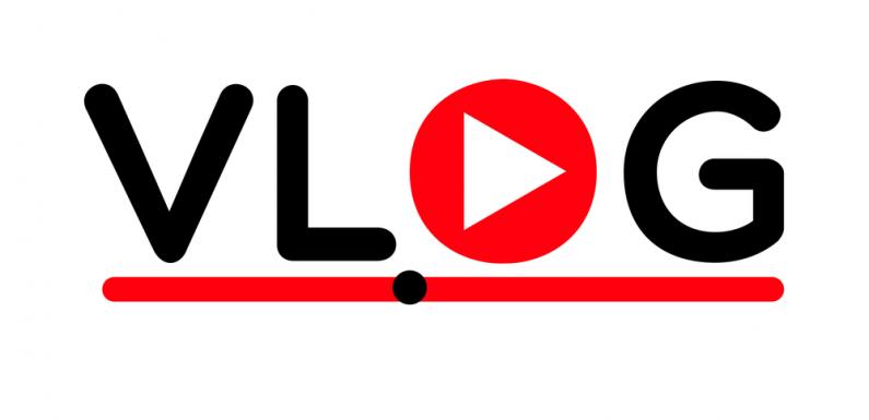 Vlog là gì? Tại sao Vlog lại là hiện tượng mạng hot nhất hiện nay?