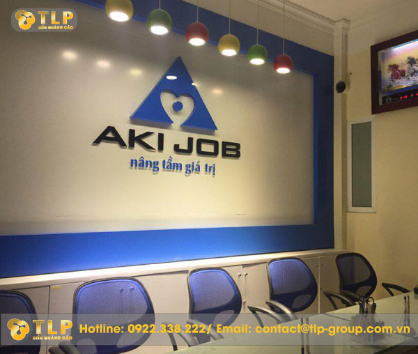 backdrop-aki-job