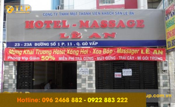 bien-quang-cao-massage