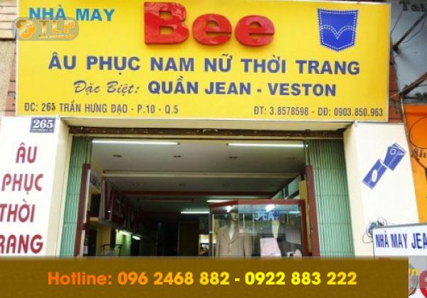 bien-quang-cao-nha-may-bee