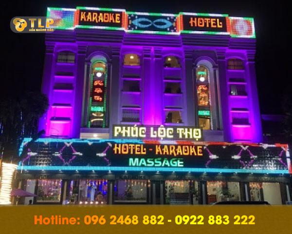 mica-lam-bien-quang-cao-karaoke