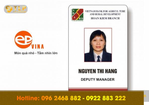 the-ten-nhan-vien-ngan-hang